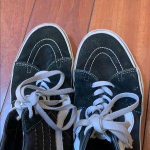 Vans Shoes - Vans hi top skate skateboard shoes size 12